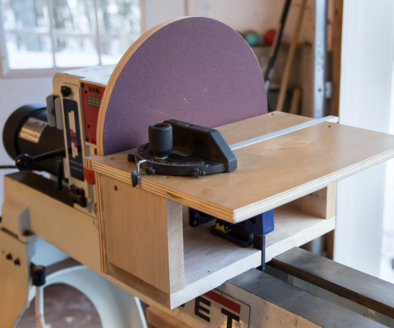 Lathe-Mounted Disc Sander