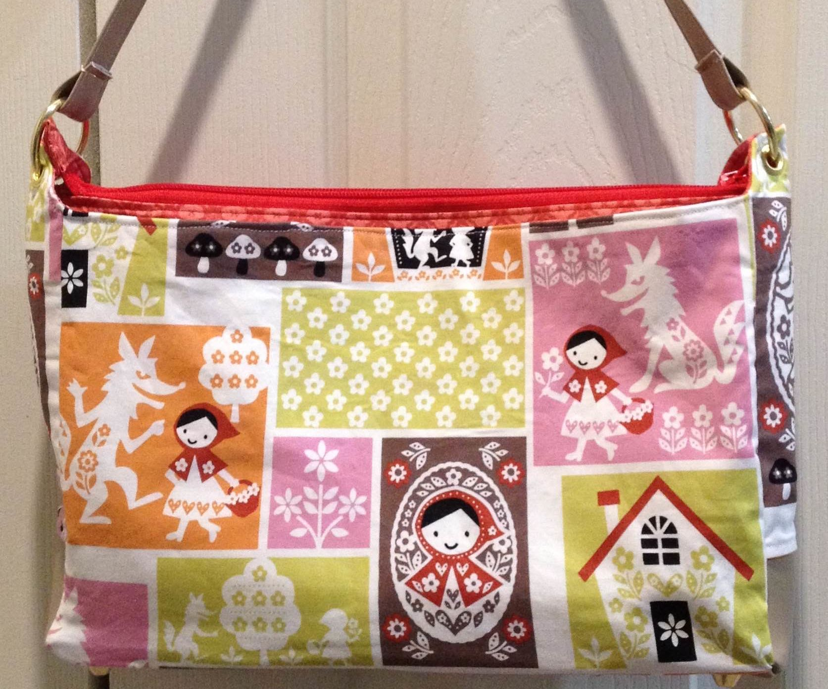 Sew a Three Pocket Purse and Four Accessory Bags