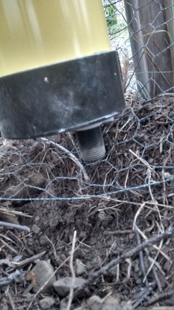 Mount the Waterer + Connect Hose+fill