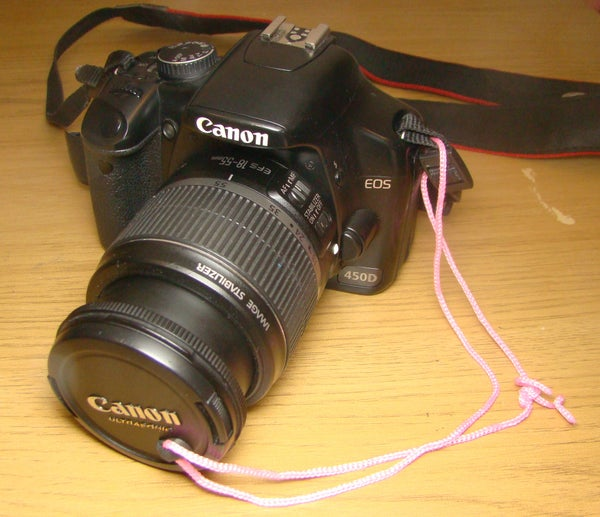 Sugru Lens Cap Saver