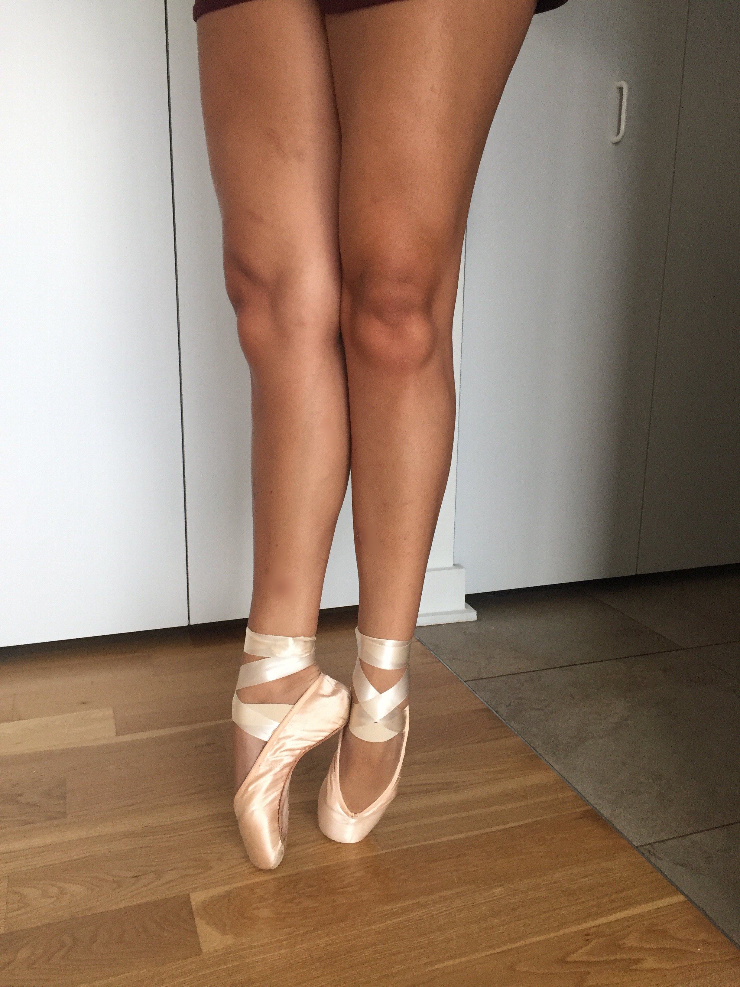 Preparing Your First Pointe Shoes : 7