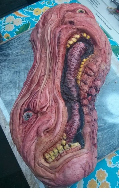 """""""The Thing"""" Cake"""