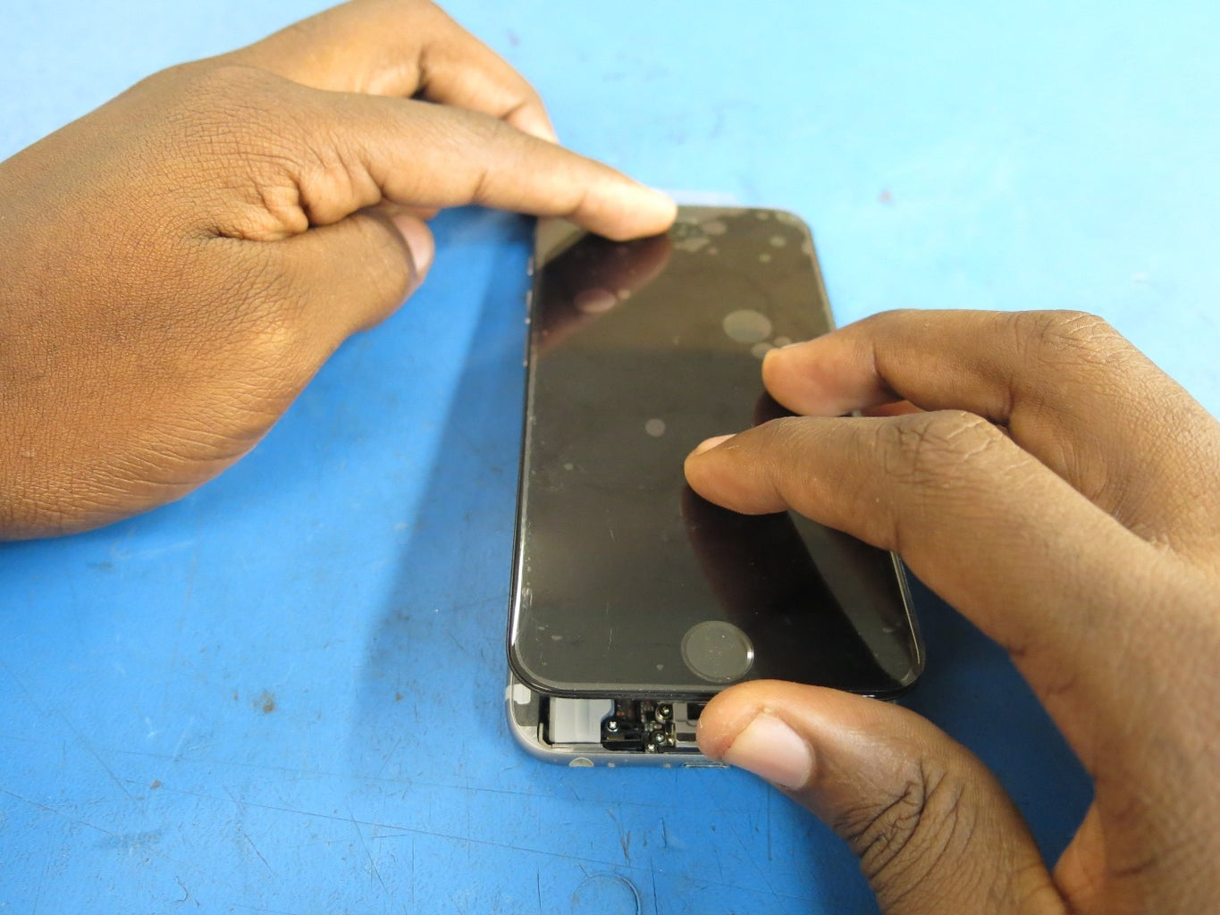 Closing the IPhone