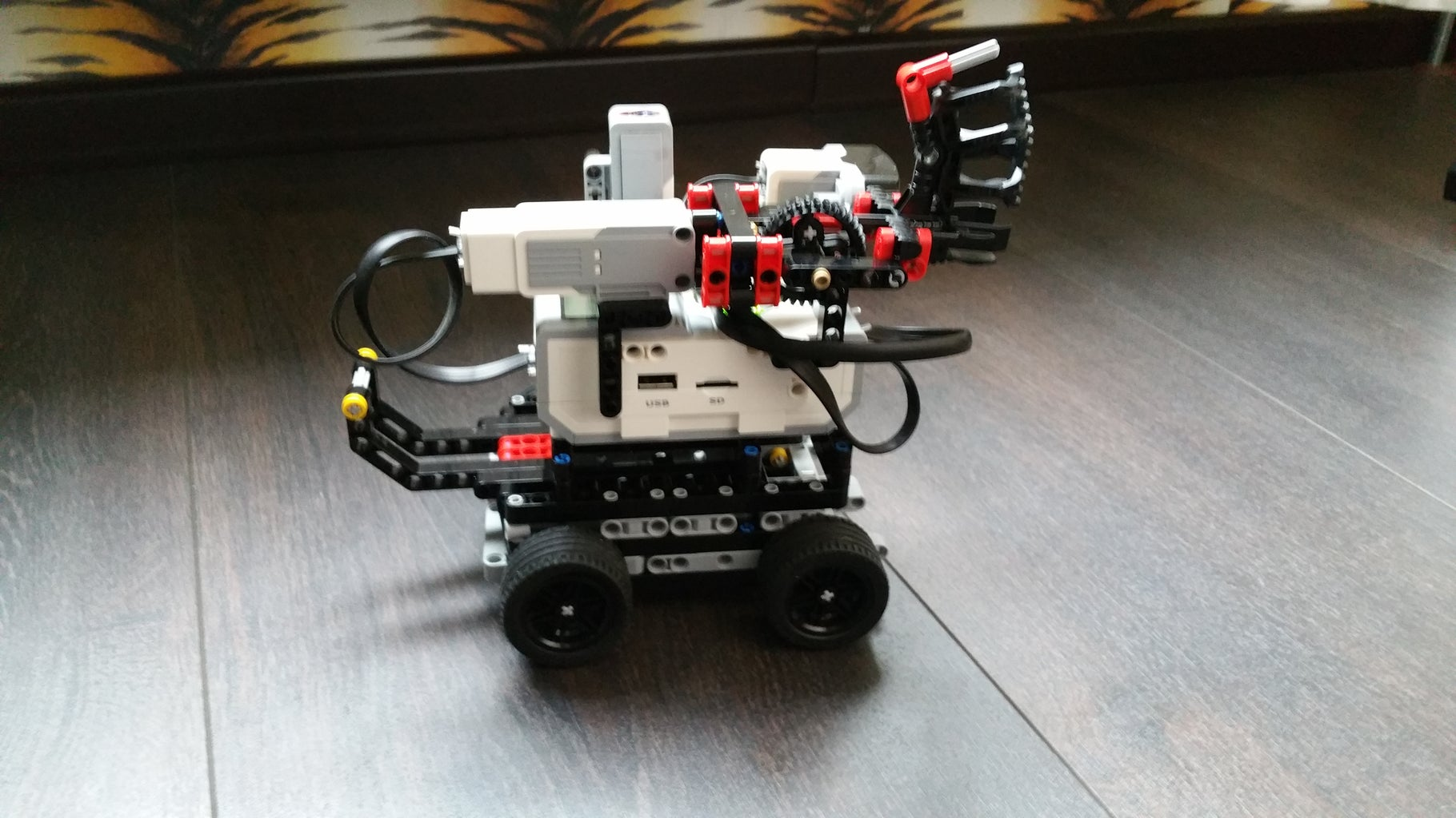 S3NTRY: a LEGO Mindstorms Robot Sentry Turret