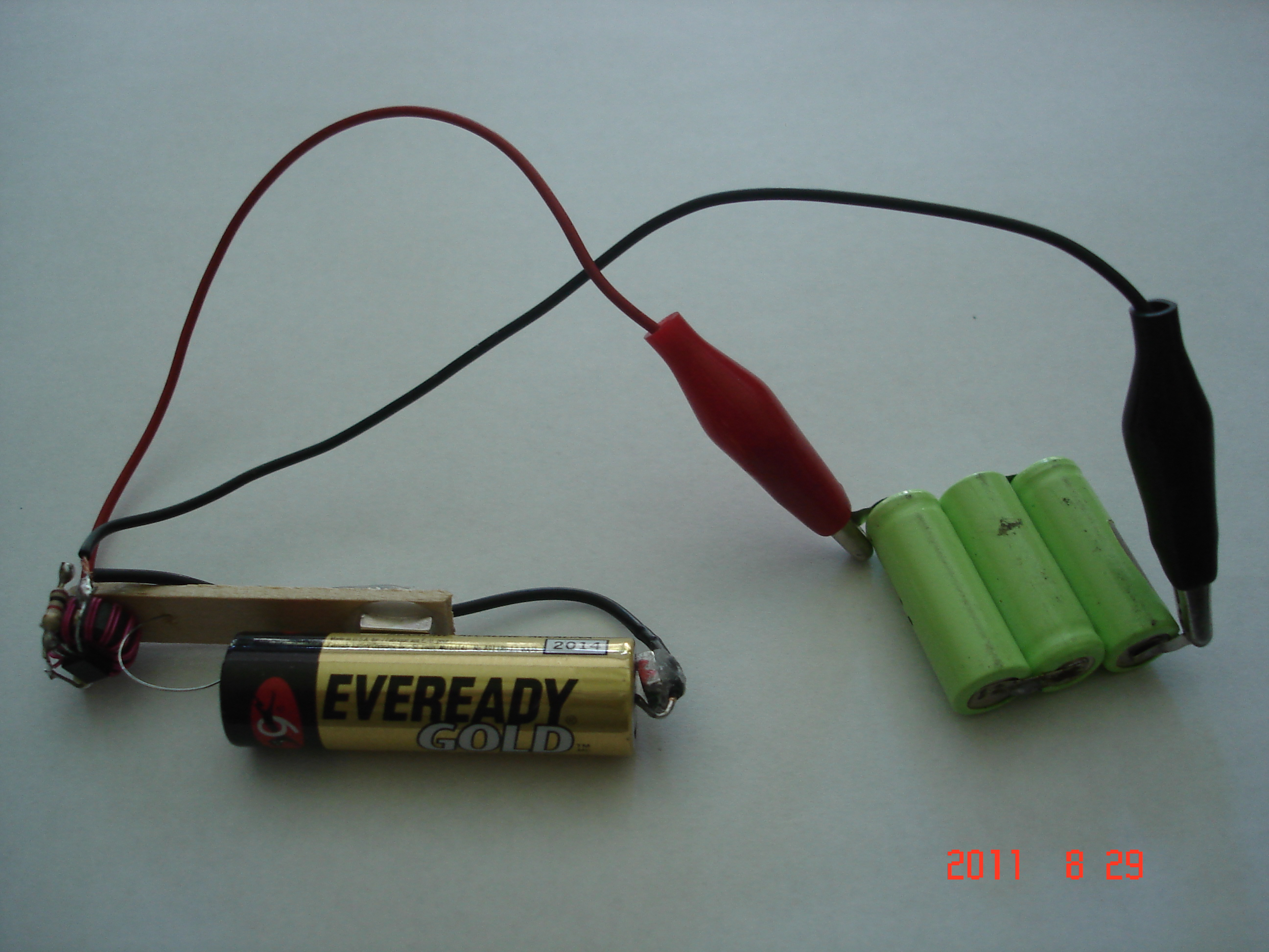 Joule Thief Battery Charger