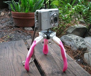 Very Cool Mini Disposable Razor Tri-pod for Your Camera!