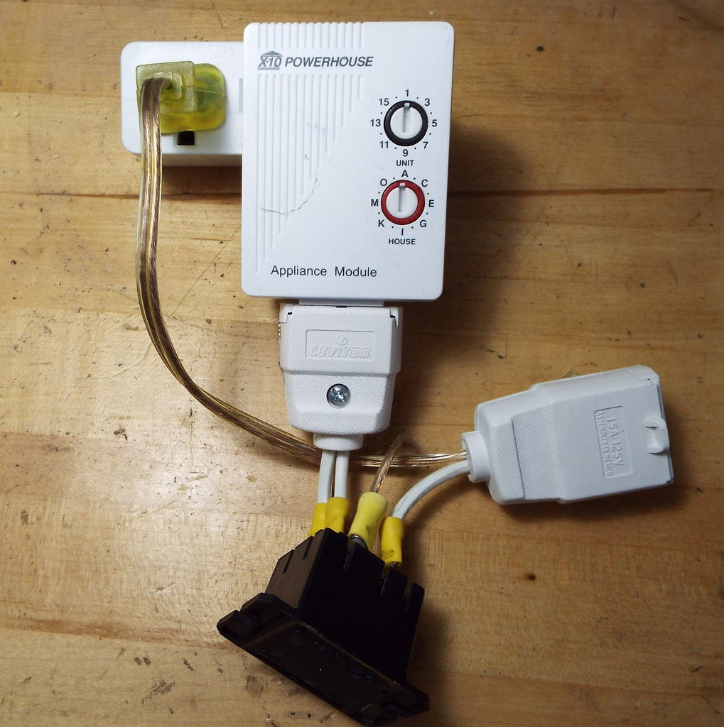 X10 Module Controlling an LED Light With NO Leakage