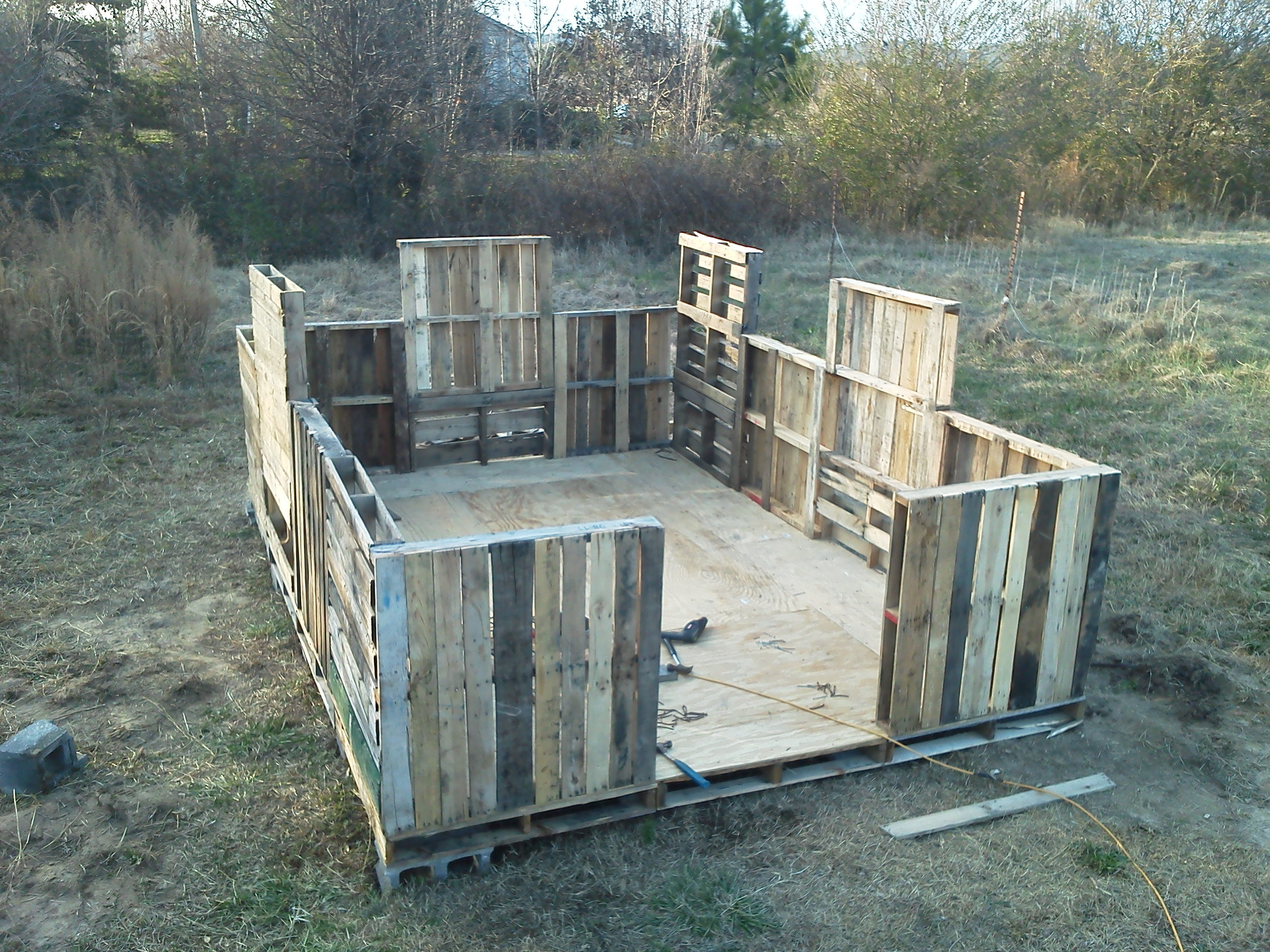 Garden Shed From Pallets 8 Steps With Pictures Instructables