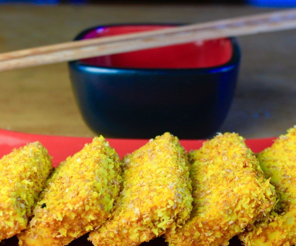 Baked Coconut Crusted Tofu with Thai Sweet Chili Sauce