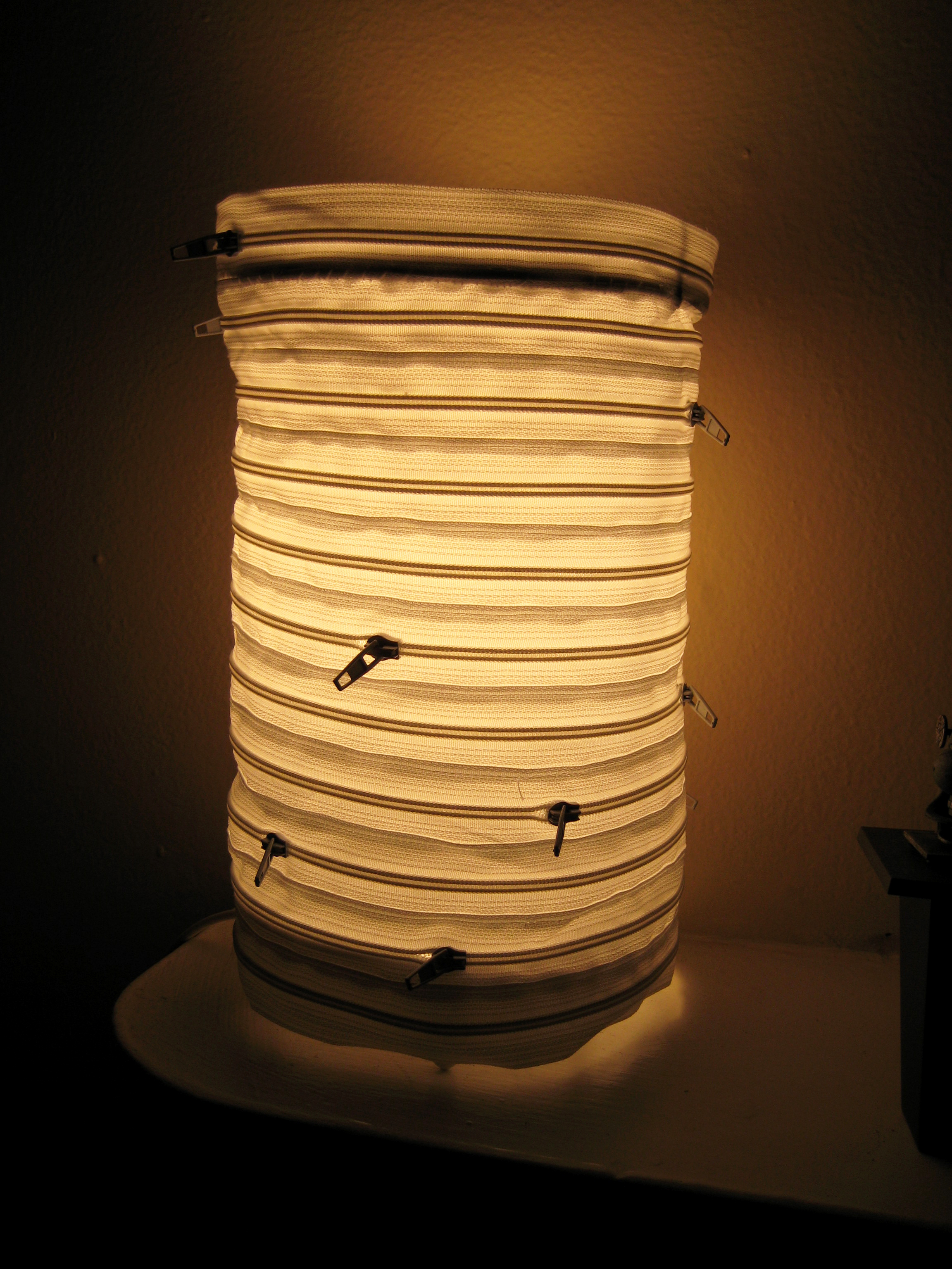 Zipper Lamp