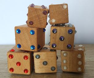 简单的DIY闪闪发光的木骰子