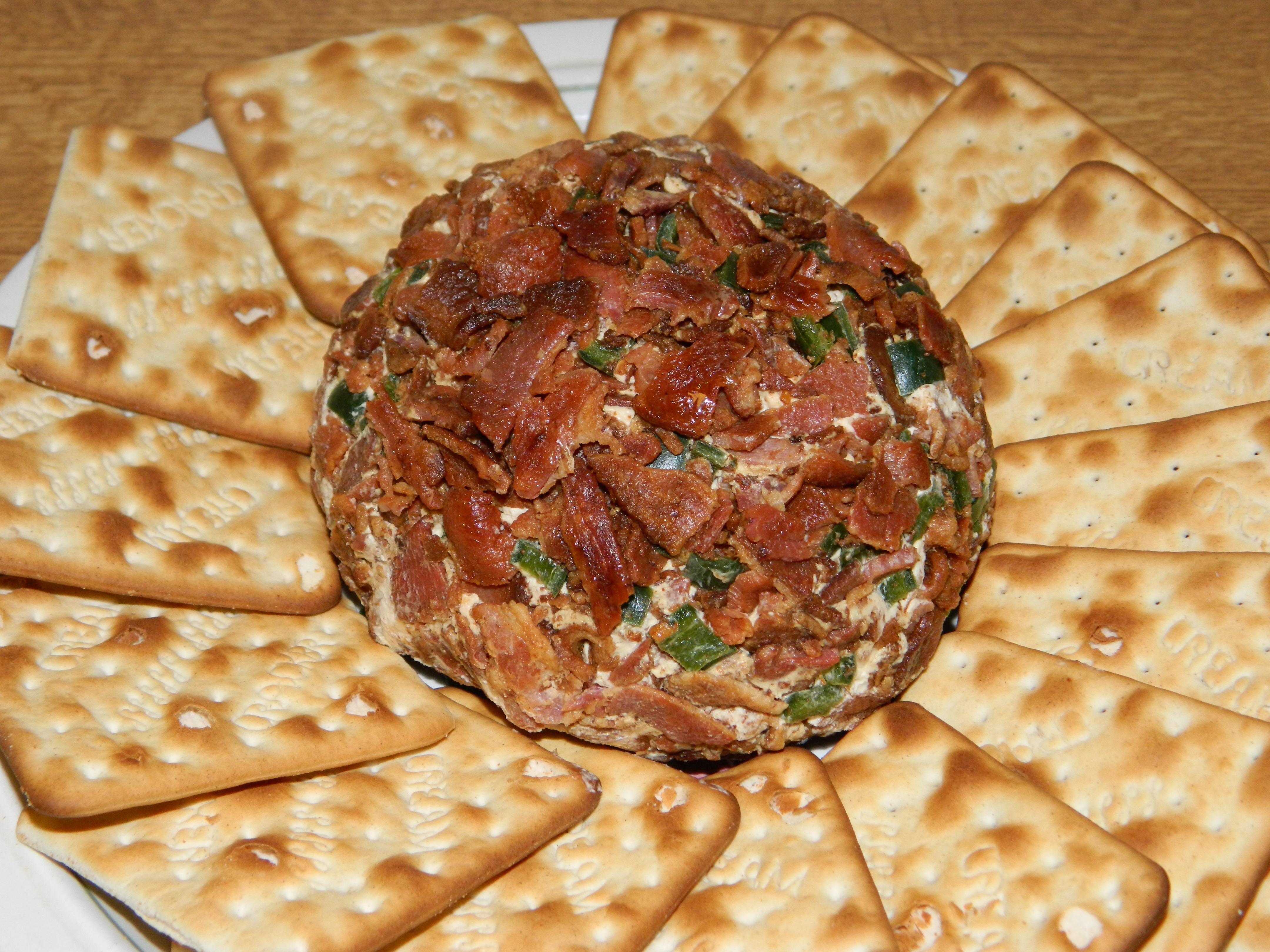 Bacon-Jalapeño Cheese Ball