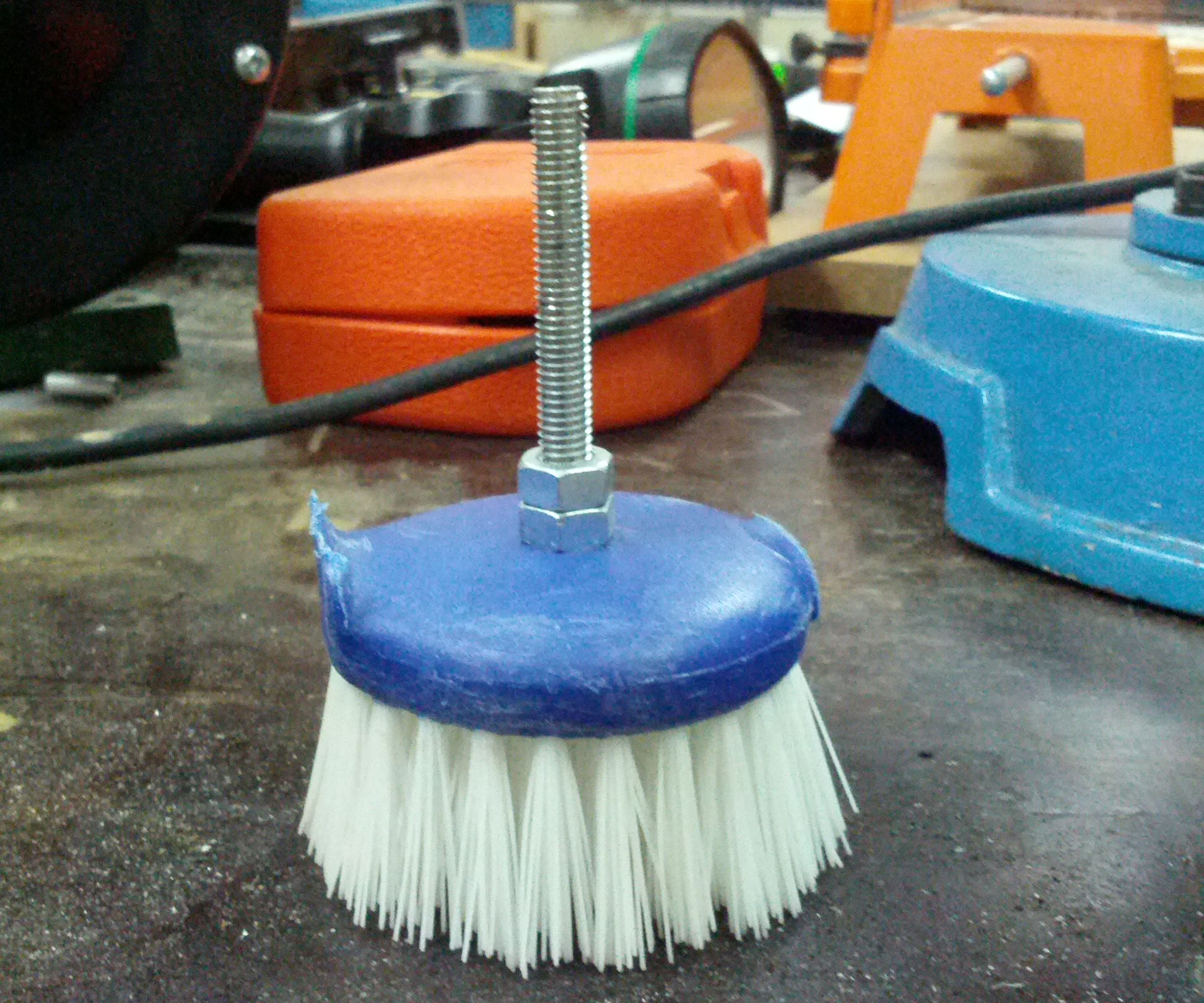 How to make a powerdrill scrubber head
