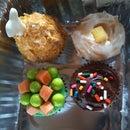 T.V. Dinner Cupcakes