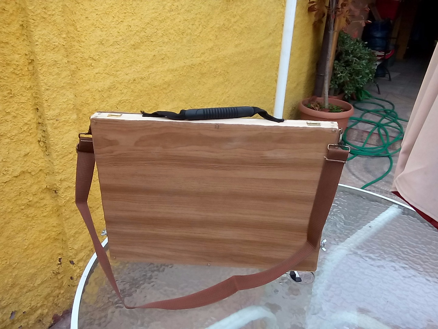 Suitcase for material