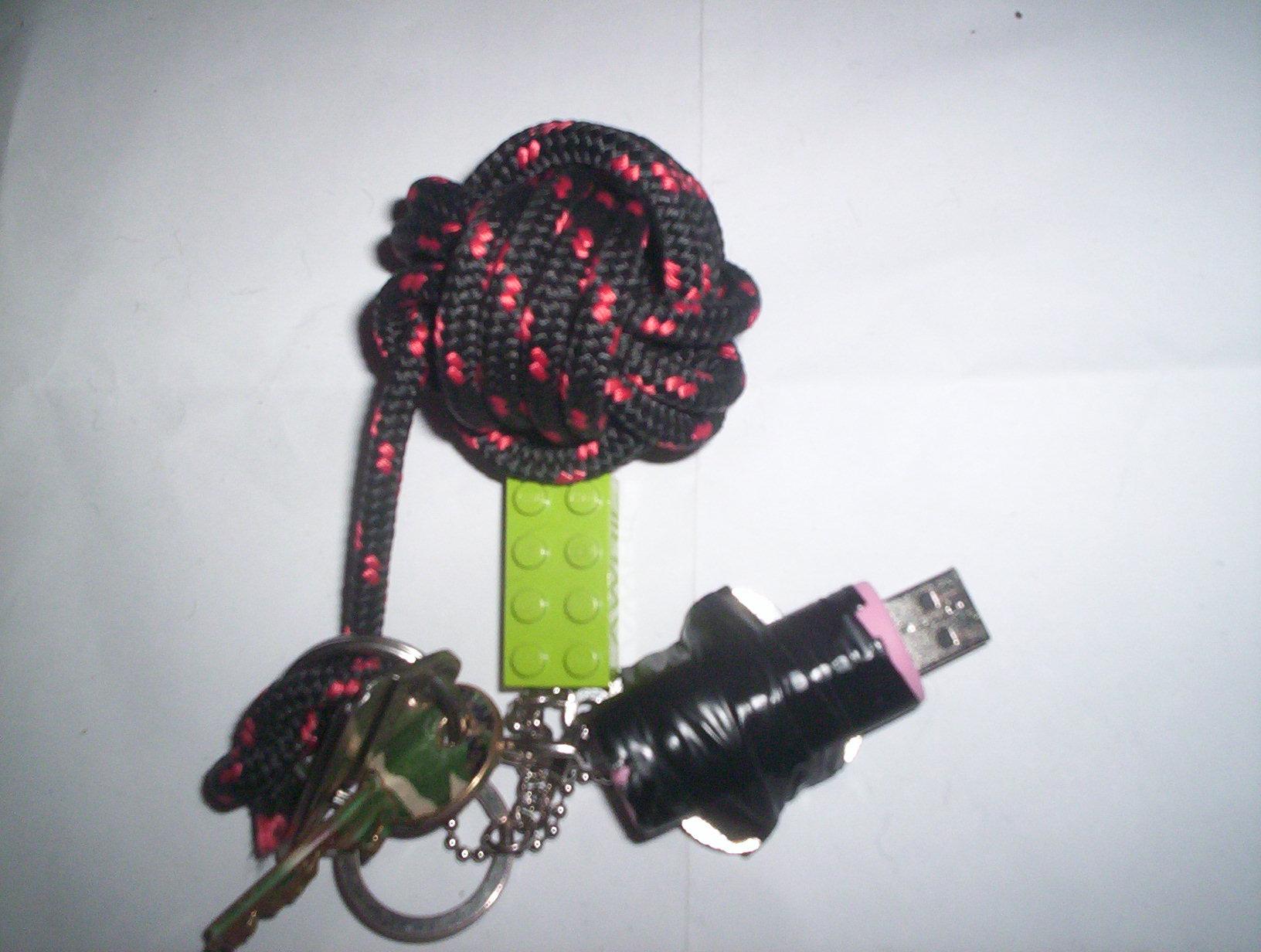 Monkey's Fist Floating Keychain