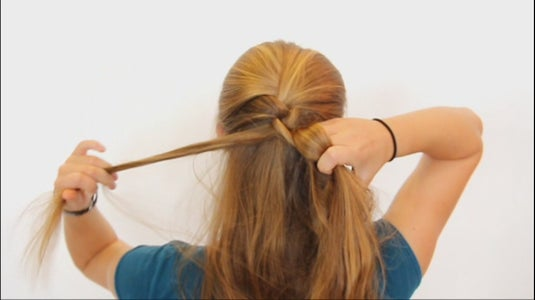 Add Hair to the Right Strand