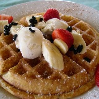 Waffle%20with%20bananas.jpg