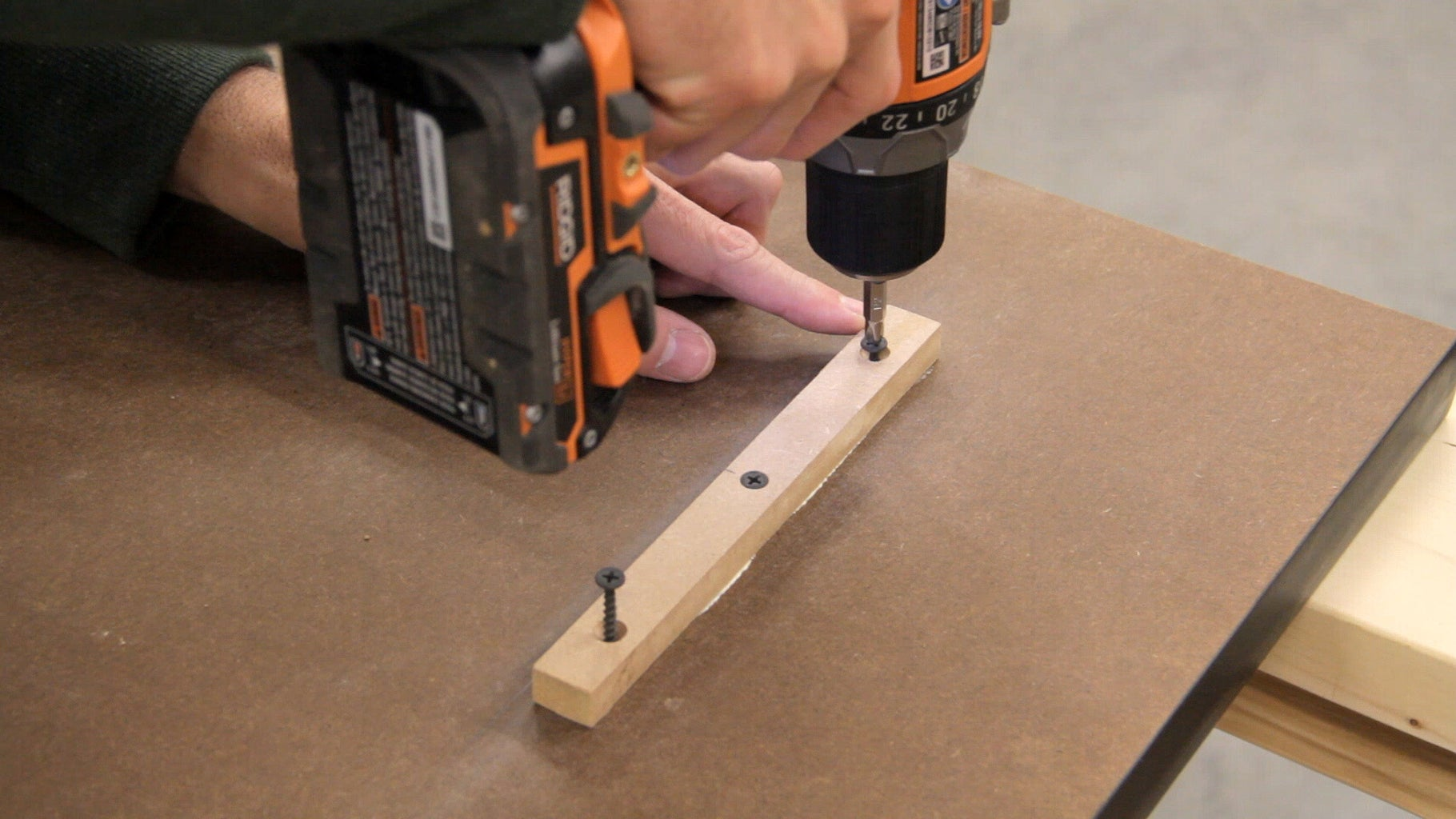 Attaching the Table (Back and Left Cleats)