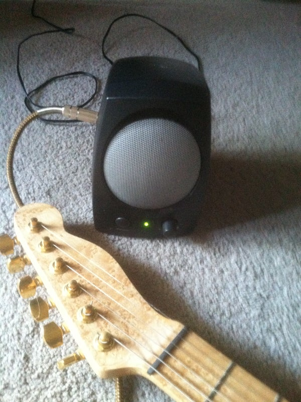 Make a Mini Practice Electric Guitar Amp for Free (almost)