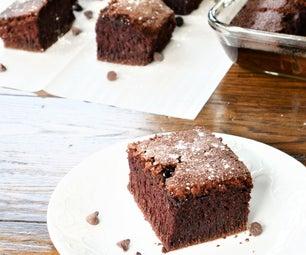 蓬松的无麸质巧克力蛋糕