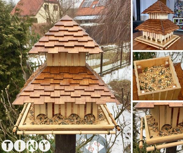 Fly-In Diner - Wooden Bird Feeder