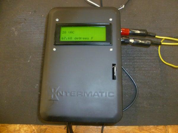 Digital Arduino Voltmeter With Temperature