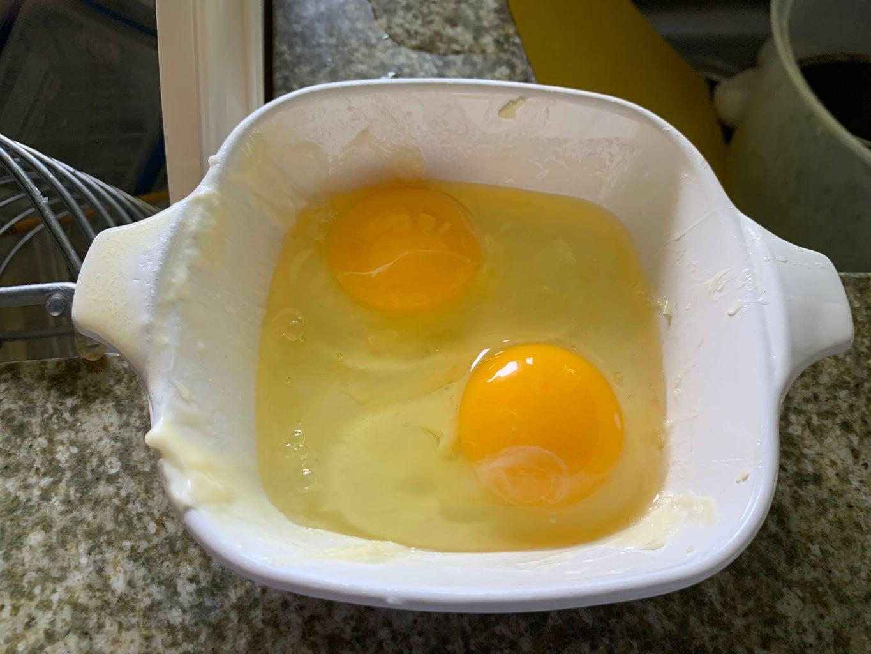 Crack and Whip'em Eggs