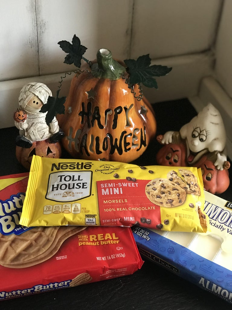 Spooky Ghost Cookies for Halloween