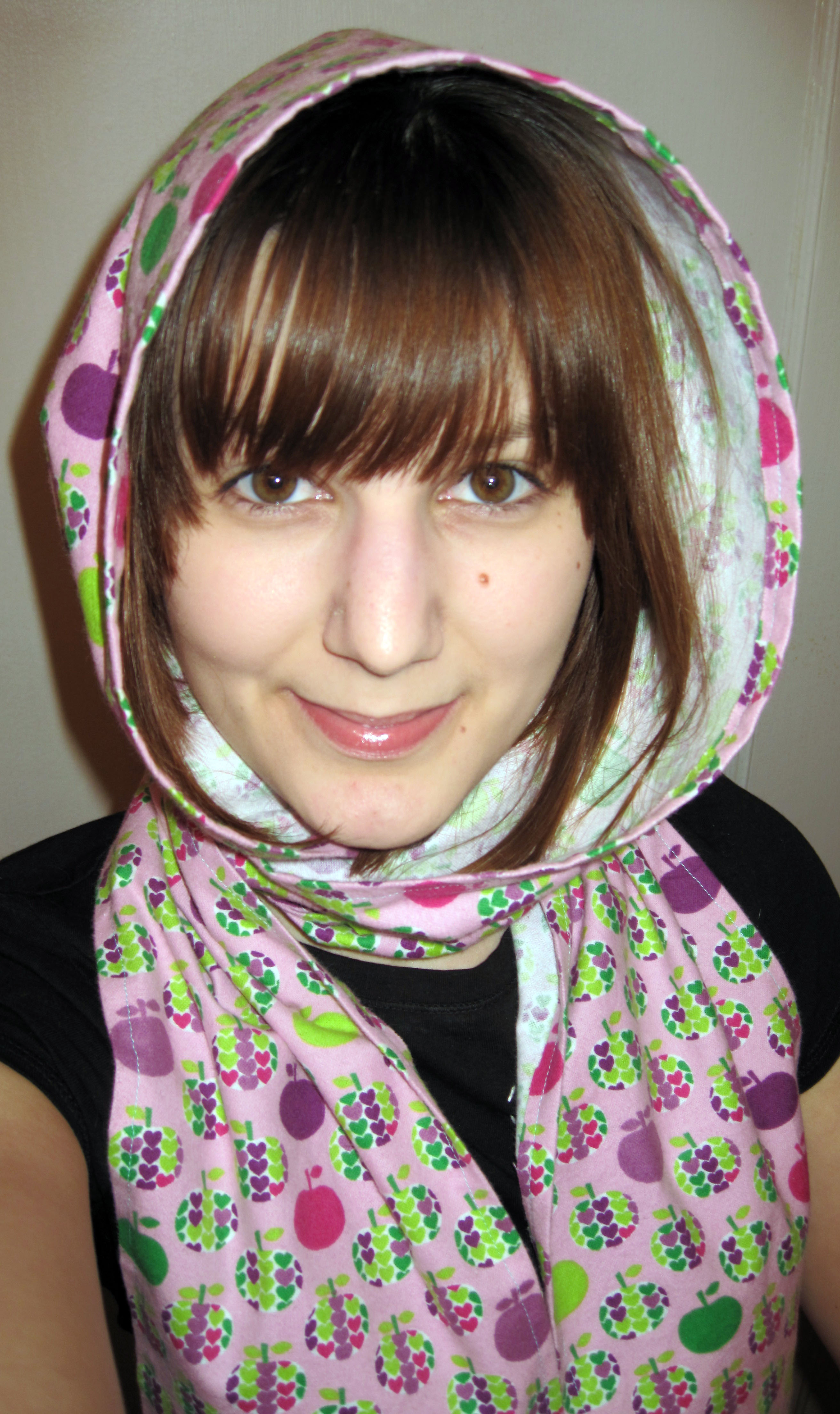 How to sew a hooded scarf or scoodie!