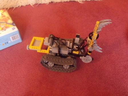 Lego Power Functions Grabbing Machine