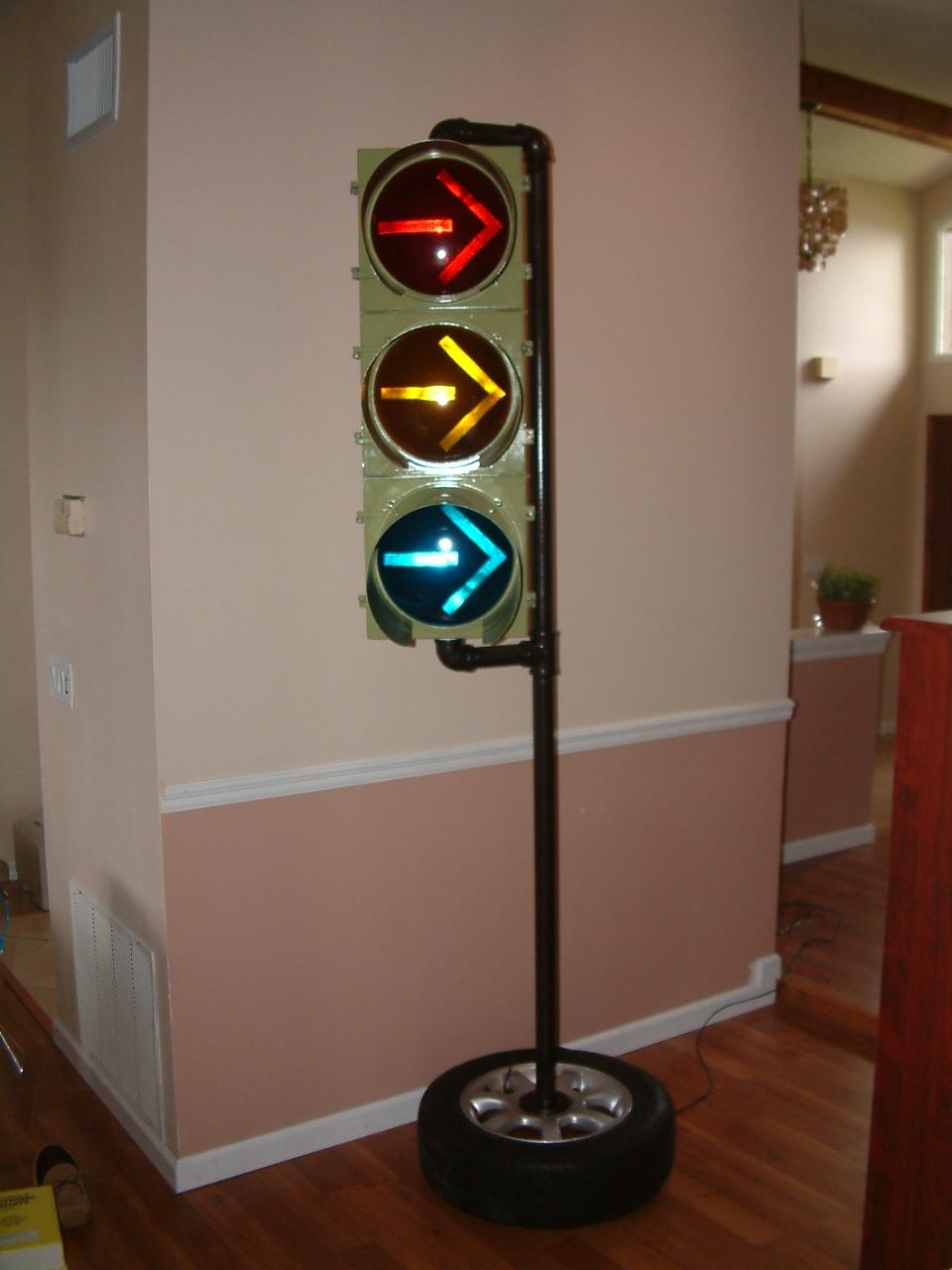 Arduino Traffic Light Controller w/Remote Control