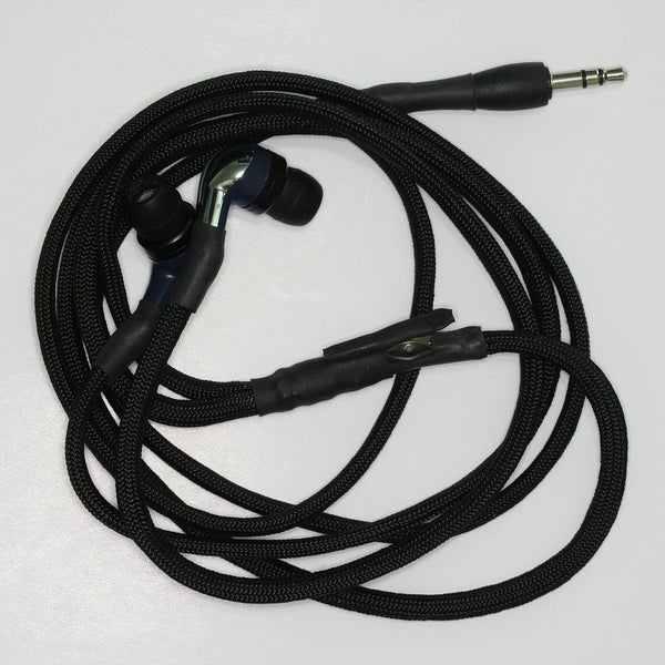 Sleeving Earphone / Earbud Cords With Paracord
