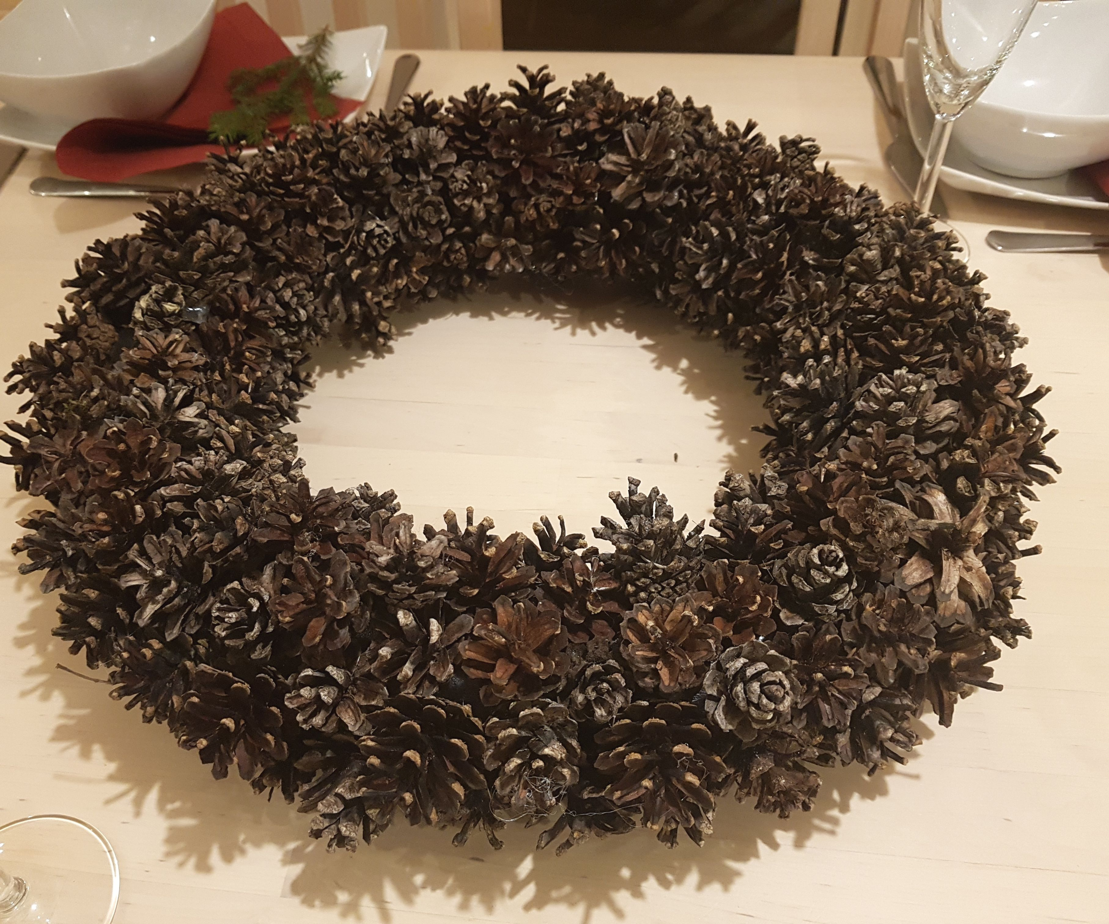 Big Pine-cone Wreath and Decorations