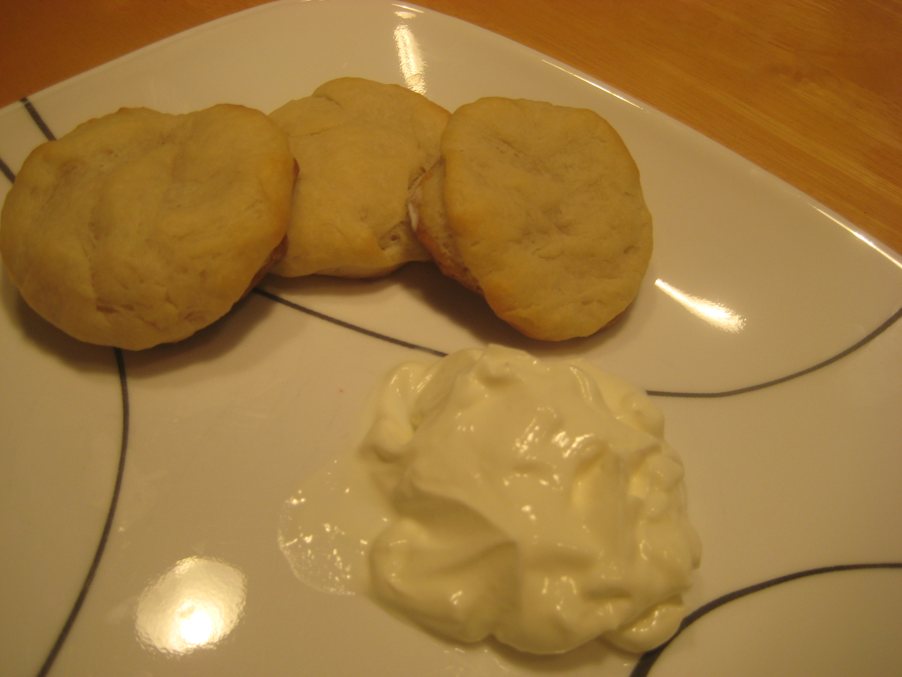 Home-made Foods: Biscuits (KFC Style!)