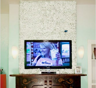 Pretty Boxwood Wall Covering Around Your Mounted TV