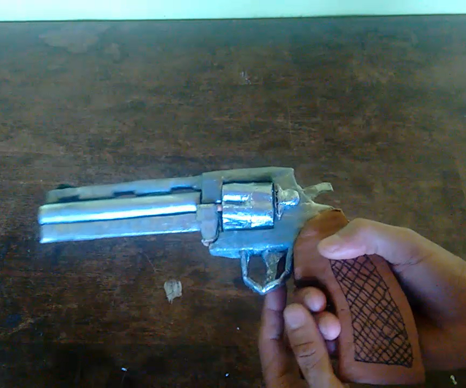 How to Make Colt Python 357 Magnum (the Walking Dead)