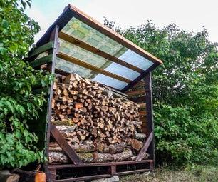 简单的托盘木柴棚,采用再生材料建造