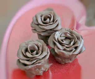 玫瑰形的芝士蛋糕果冻松露
