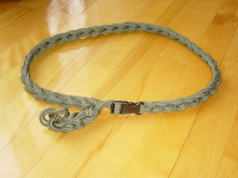 65 feet of paracord belt ready in 1 minute