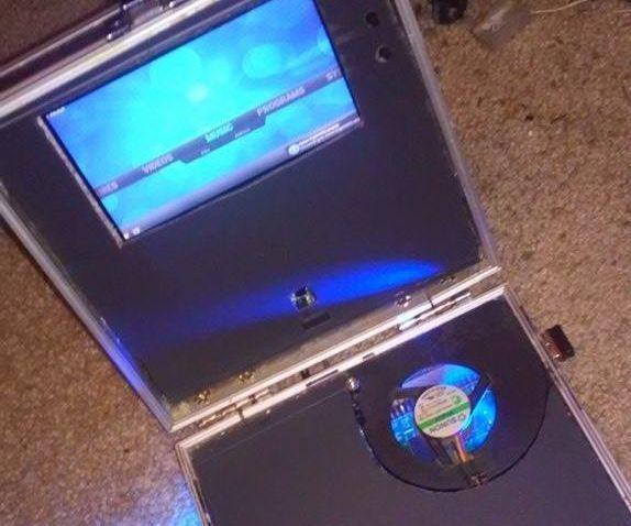 LapBerry Pi - a Raspberry Pi Laptop