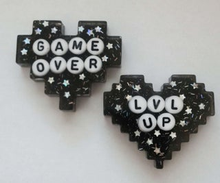 How to Place Letters in Resin Pins