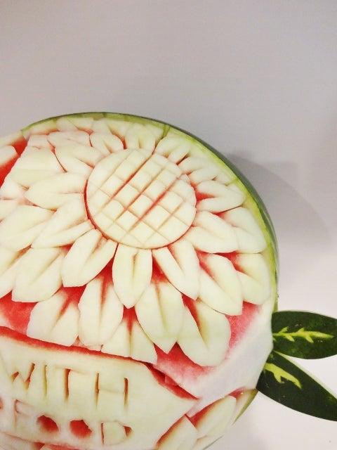 Watermelon Carving Basics: Sunflowers!