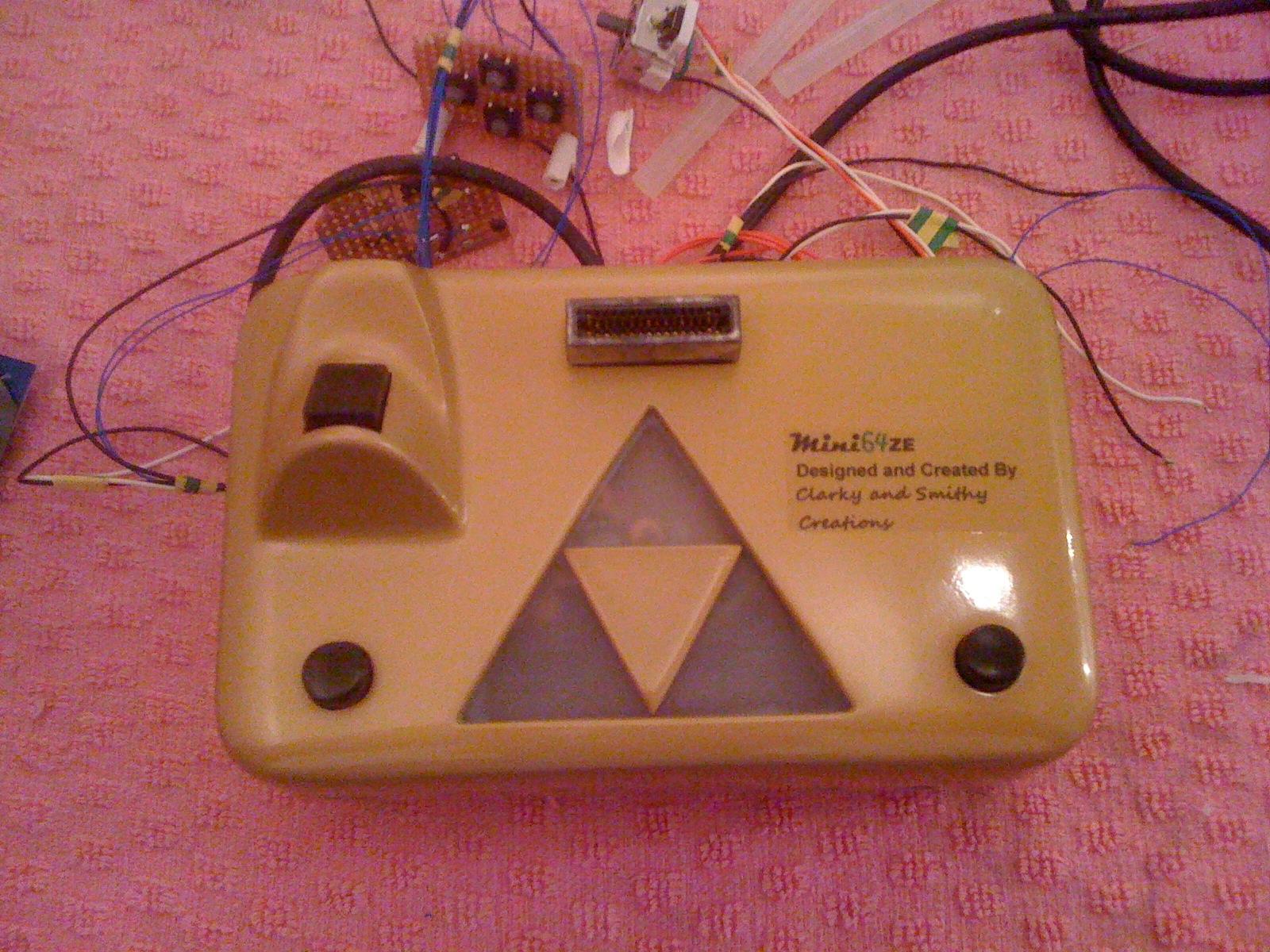 Mini 64 ZE Nintendo 64 Portable Zelda Themed