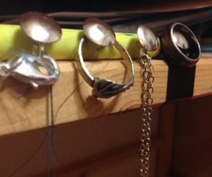 Easy 3 Minute Jewelry Hanger