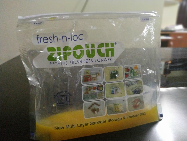 Pour Fruit Juice Into Your Ziploc Bag!