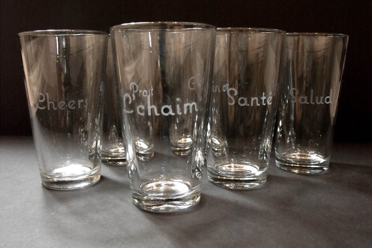 DIY: Etched typography glasses