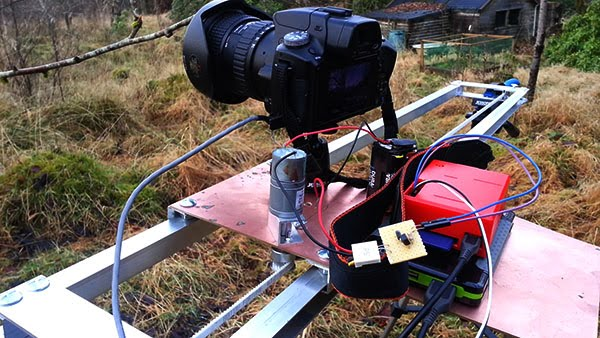 Raspberry Pi powered time lapse dolly (RasPiLapse)