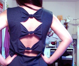 Cut T-Shirt With Bows on Back