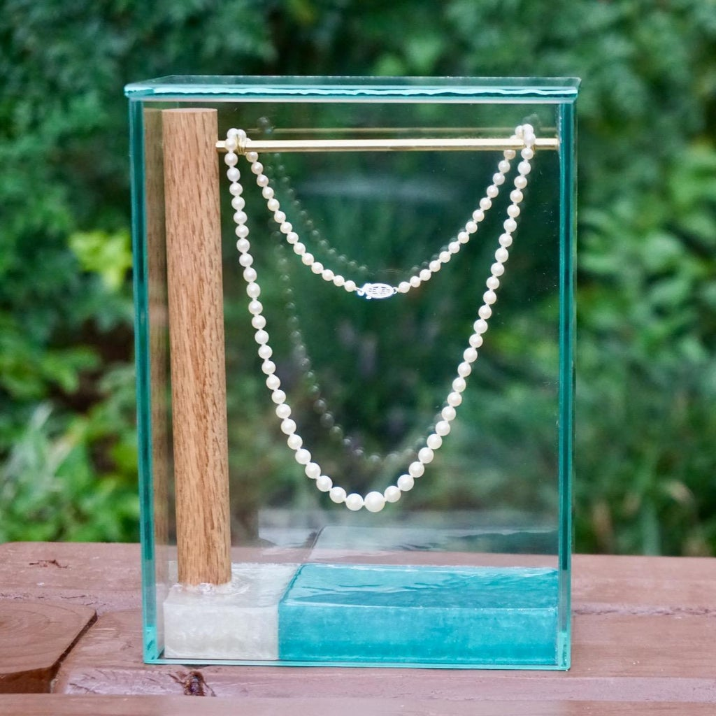DIY Jewelry Display Stand With Glass Cover